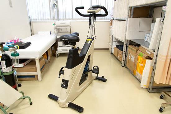 自転車エルゴメーターによる運動負荷心電図システム